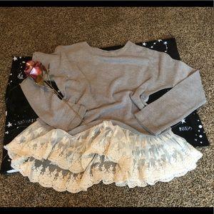 Altard state gray lace sweater euc sz medium cozy